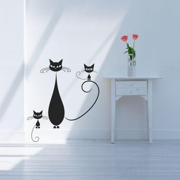 Bonito vinilo decorativo con las siluetas de unos gatos con mucho