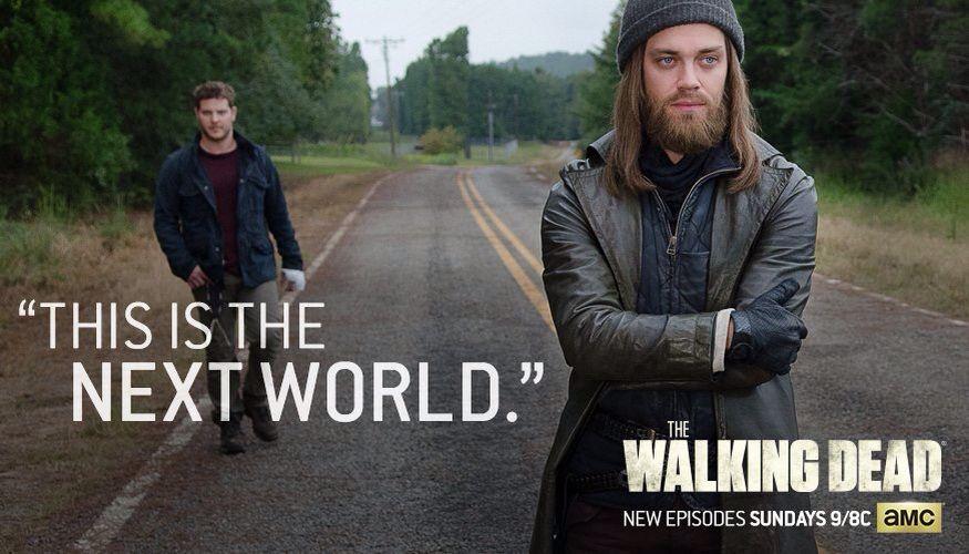 The Walking Dead Tom Payne As Jesus And Jeremy Palko As Andy Season 6 Episode 12 The Walking Dead Walking Dead Season 6 Walking Dead Season