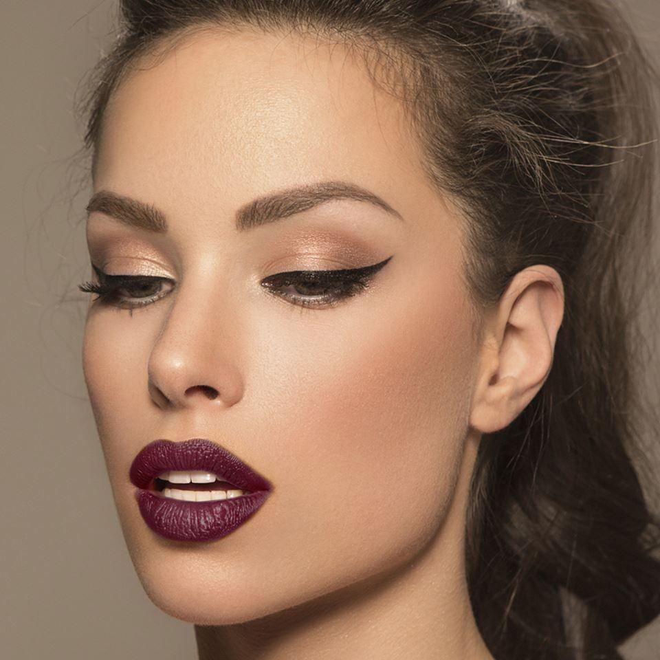 Image Result For Gold Eyeliner Makeup Looks Makeup