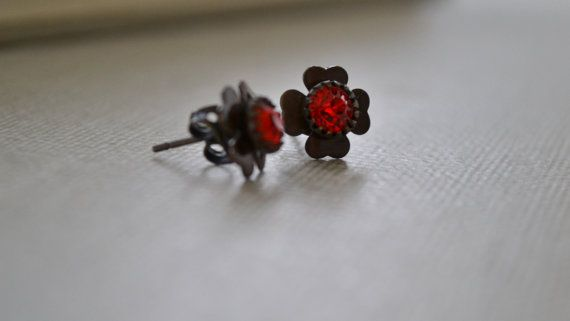 Red Siam Clover Post Earrings Red Rhinestone and by leprintemps, $15.00