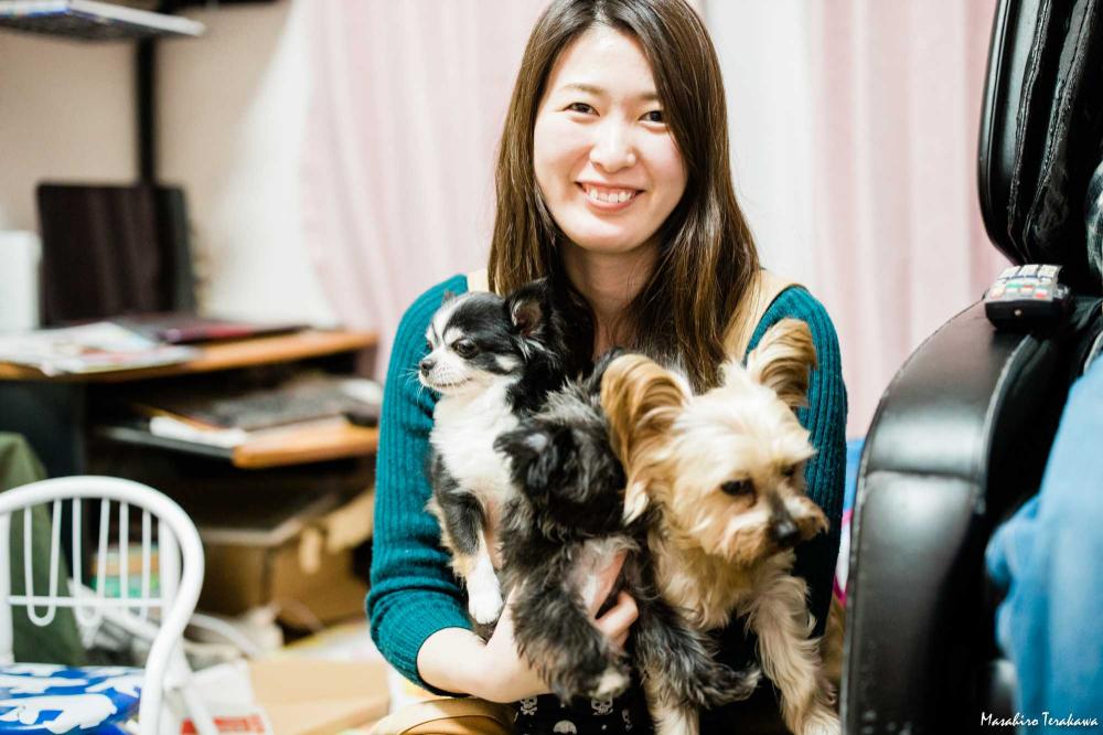 お正月 家族写真カメラマンの家族の写真撮影 Ms Family 家族写真カメラマン 記念写真の撮影 ファミリーフォト 犬 ペット 猫 写真撮影