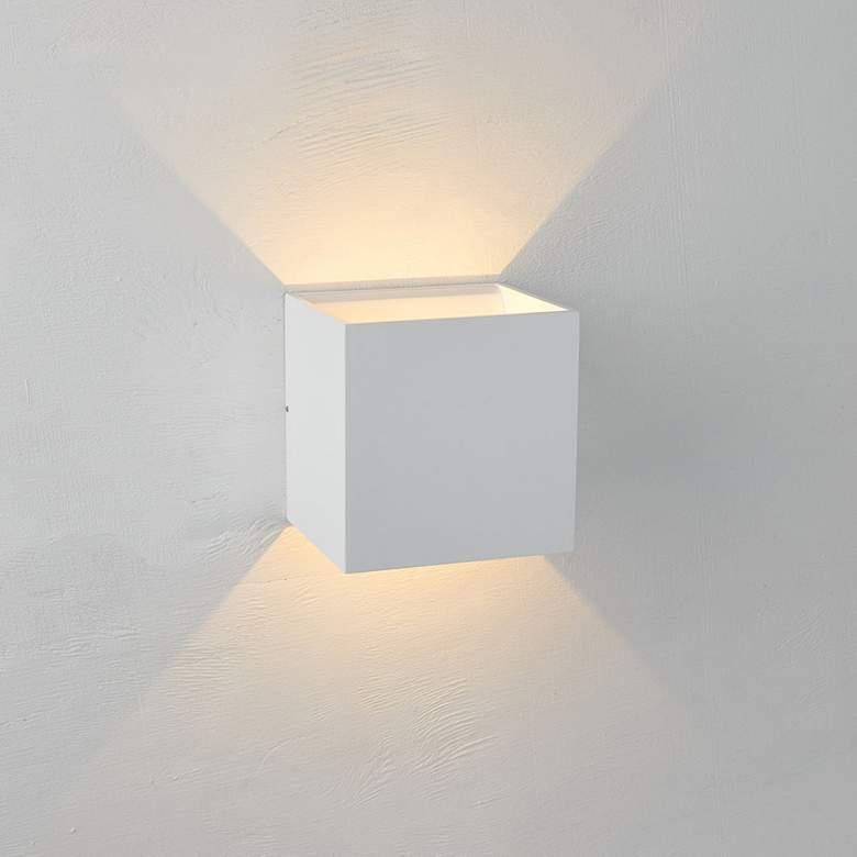 Bruck Qb 4 1 2 H White Led Wall Sconce 11p31 Lamps Plus Led Wall Sconce Sconces Wall Sconces