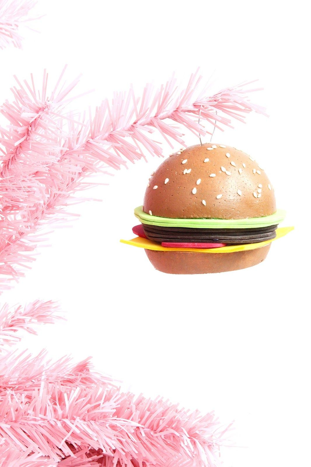 These hamburger ornaments are awesome and you can make em yourself these hamburger ornaments are awesome and you can make em yourself solutioingenieria Image collections