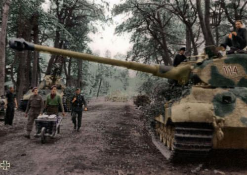 Tiger Ii At Normandy British Pows Hauling Food For The Tank Crews