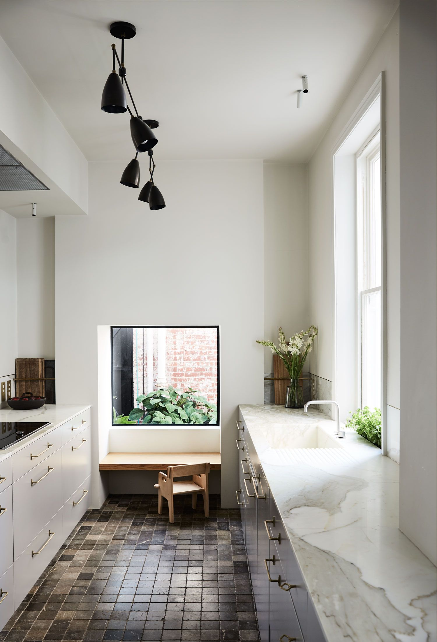 Little Parndon in East Melbourne by Templeton Architecture | Cocinas ...