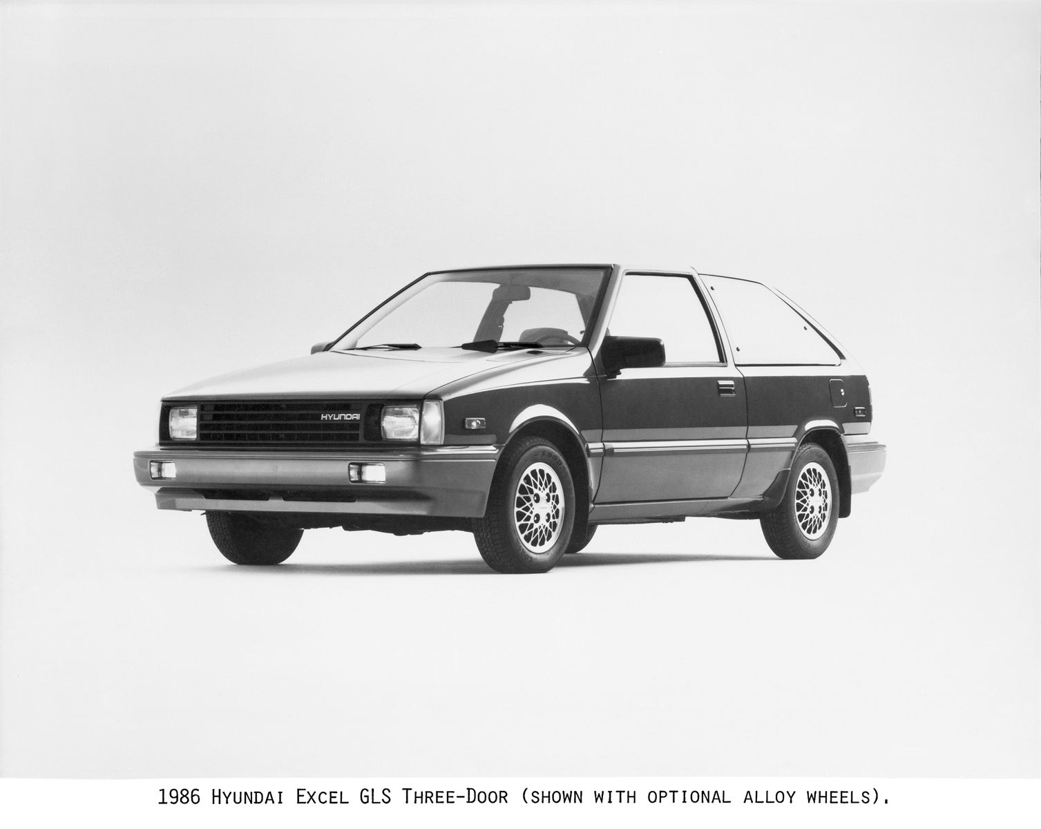 In 1986 Hyundai Began To Sell Cars In The United States And The Excel Was Nominated Best Product 10 By Fortune Magazine Hyundai Cars Hyundai Hyundai Motor