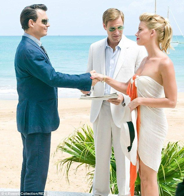 Johnny Depp First Wife Lori Anne Allison Johnny Depp Ex Wife Johnny Depp Johnny Depp S Daughter