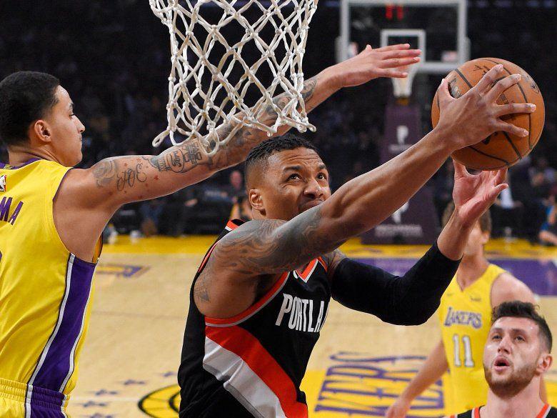 Lillard Rallies Trail Blazers For 108 103 Win Over Lakers Lakers Vs Portland Trailblazers Trail Blazers