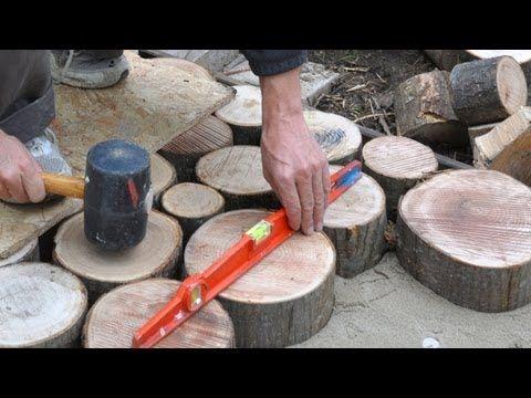 ▶ terrasse en bois debout, matériaux en bois, terrasse en rondins ...