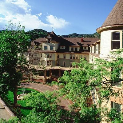 Charming Hotels Colorado Cliff House At Pikes Peak Manitou Springs
