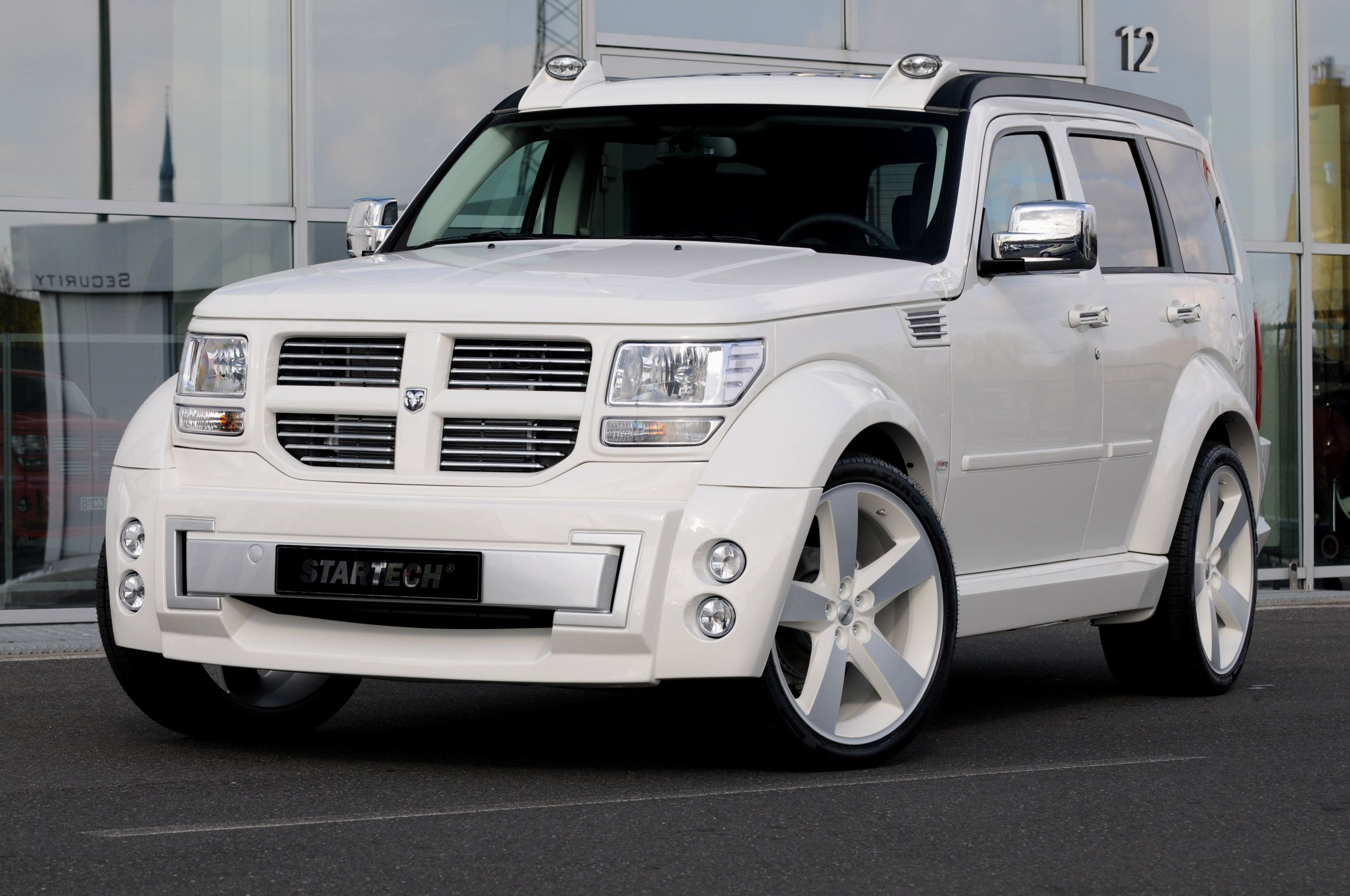 Carsdata Net The Leading Car Data Site On The Net Dodge Nitro