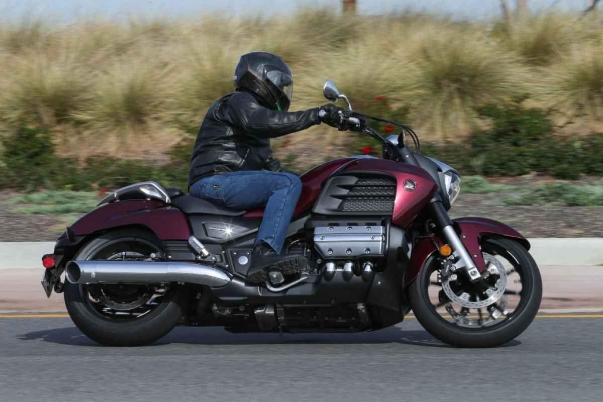 2014 Honda Valkyrie >> 2014 Honda Valkyrie Rider Motorcycles Honda Valkyrie