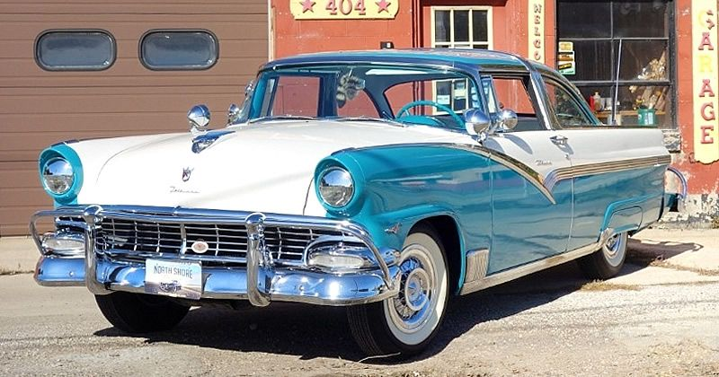 1956 Ford Fairlane Crown Victoria Skyliner – Glass Roof