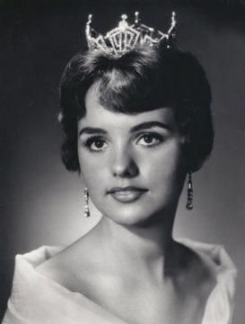Dawn Wells (Mary Ann from Gilligan's Island) after winning Miss Nevada in 1959. #classicactresses