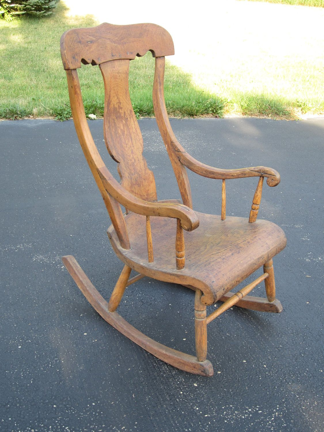 Admirable Antique Farmhouse Wooden Wood Rocking Chair Rocker With Urn Ncnpc Chair Design For Home Ncnpcorg