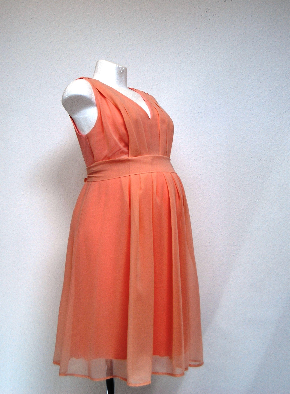 Wunderschönes Stillkleid von Attesa, festlich zur Hochzeit oder ...