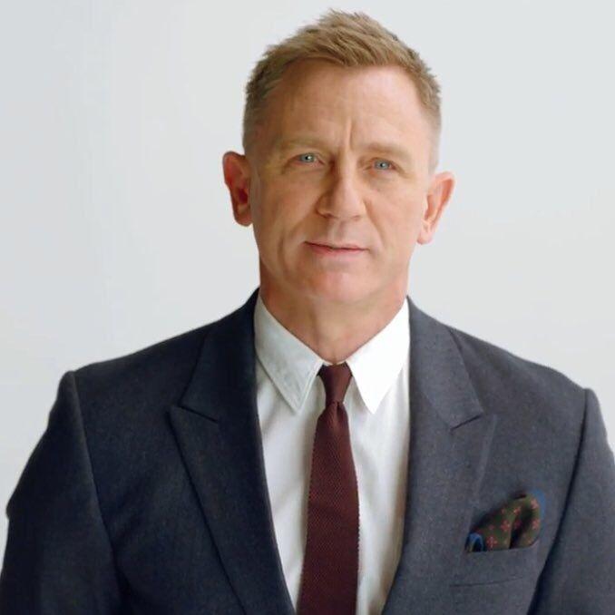 Swing Of Things Daniel Craig Daniel Craig James Bond Daniel Craig Style Daniel Craig Bond