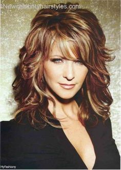 Imagenes De Hairstyles For 50 Year Old Woman With Curly Long Hair