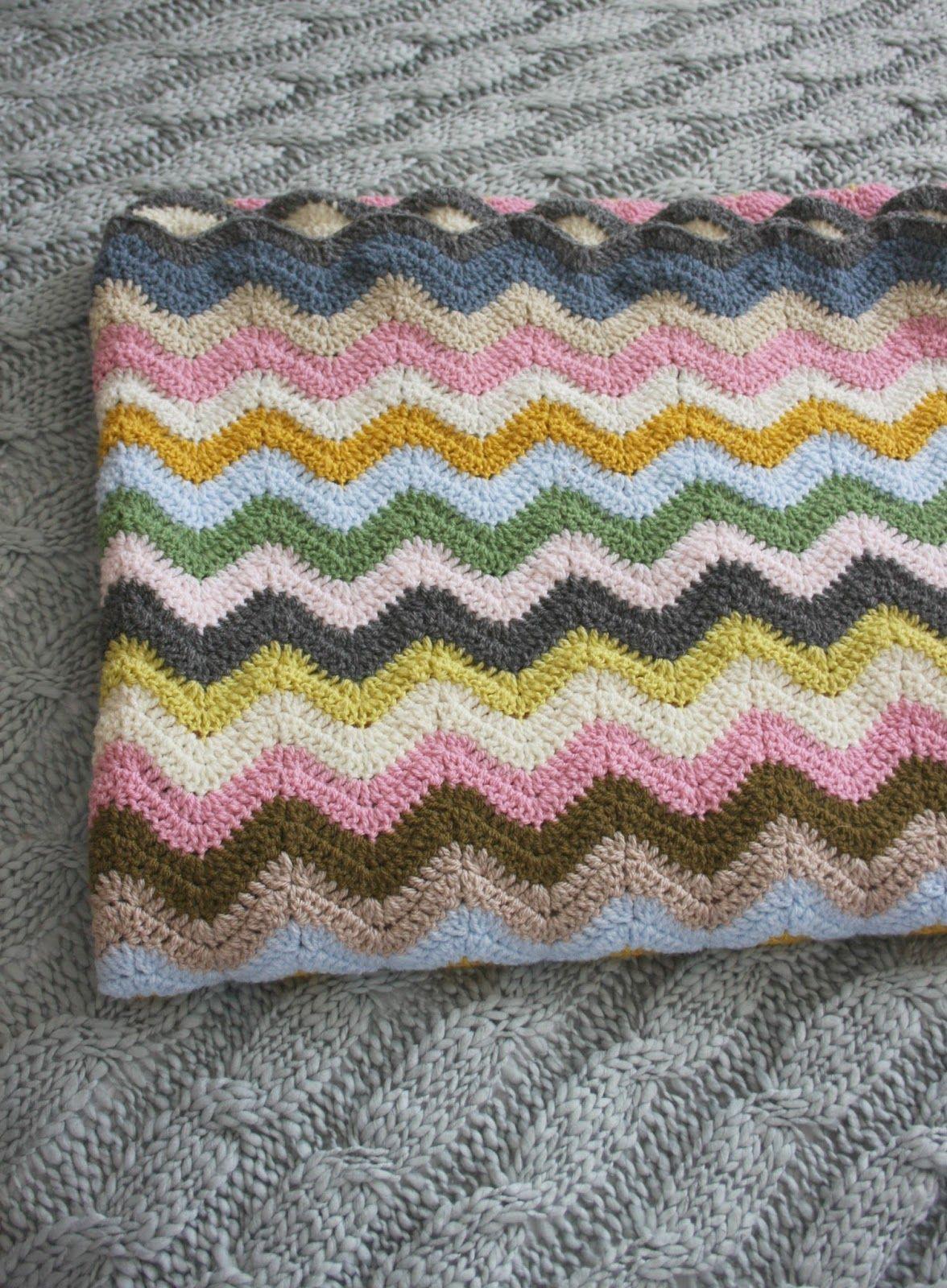 Happy Scrappy Blanket Ta-Dah..... | Pinterest | Häkeldecke und Häkeln