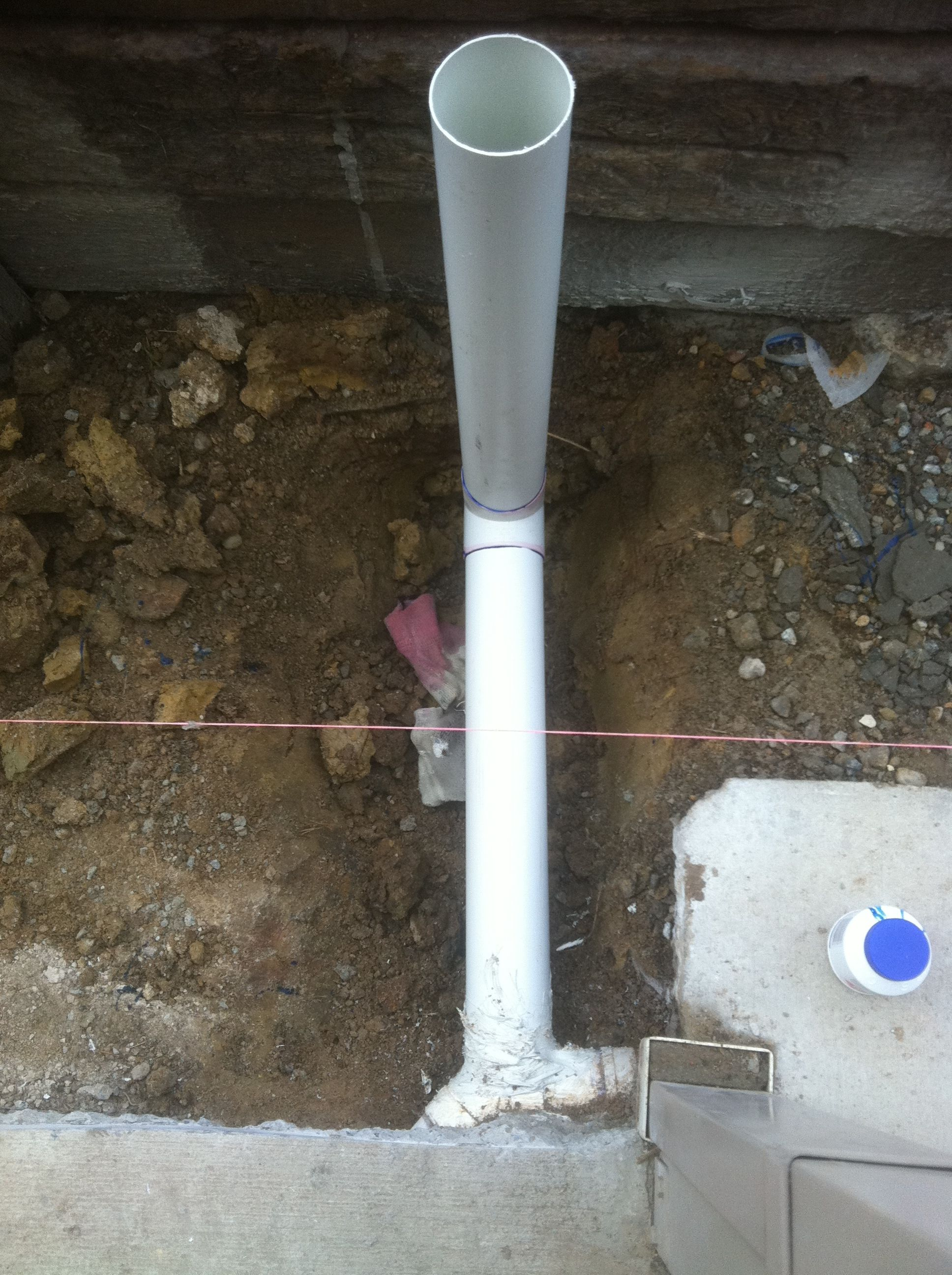 Retaining Wall Versawall In Progress Drainage Pipe