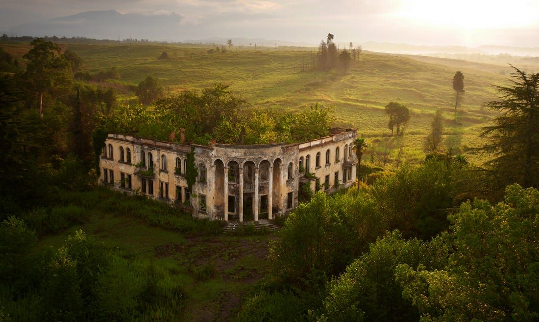 37 incredible drone photos from across the globe that would be totally illegal today