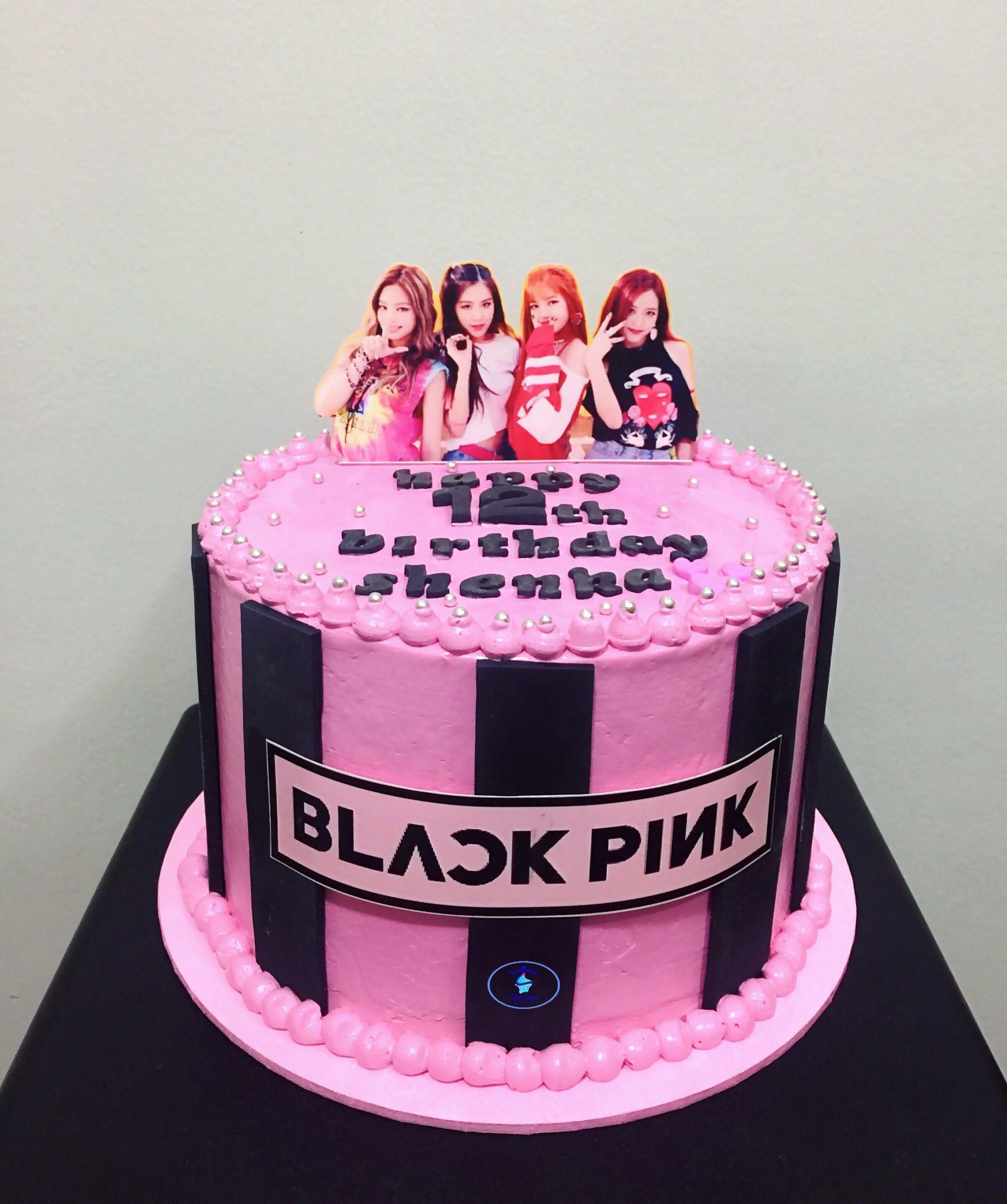 Blackpink Themed Cake Em 2020 Festa De Aniversario Colorida Bolos De Aniversario Tipos De Bolos