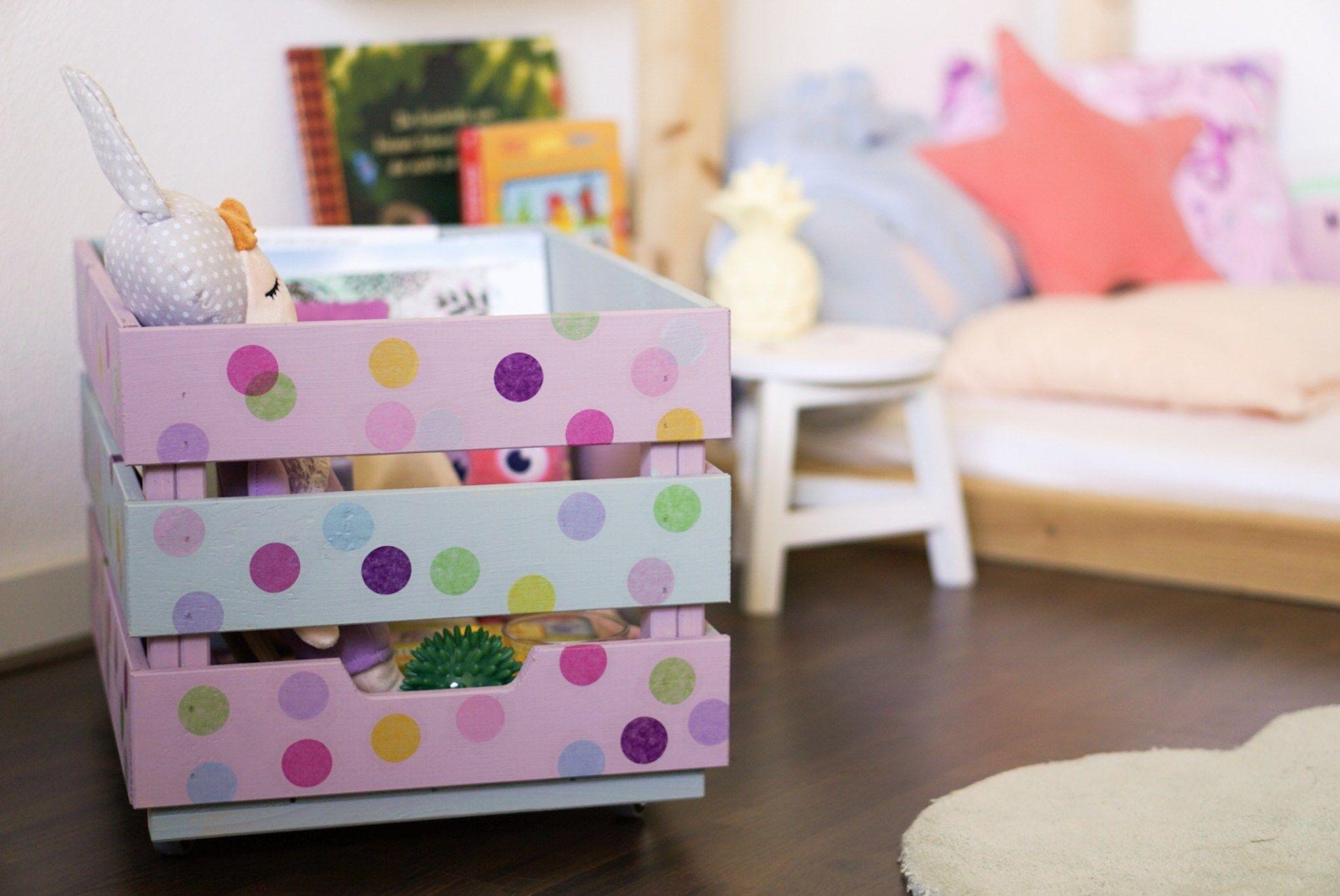 Kinderzimmer aufräumen DIY Spielzeugkiste und weitere