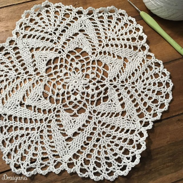 This doily is 19 rounds and measures 10\