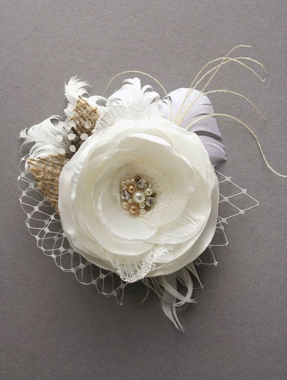 Rustikale Braut Blume Haarteil, Elfenbein Blume Hochzeit Fascinator - #Blume #Braut #Elfenbein #Fascinator #Haarteil #Hochzeit #rustikale #brautblume