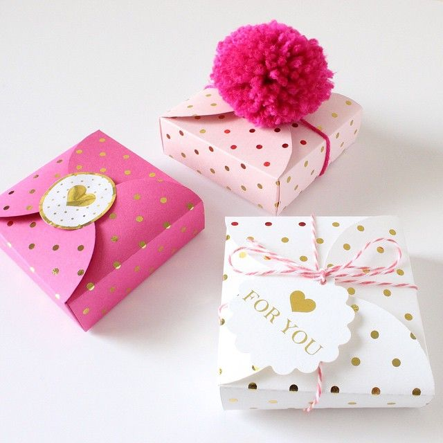 cute boxes made with free svg file from chicfetti  box