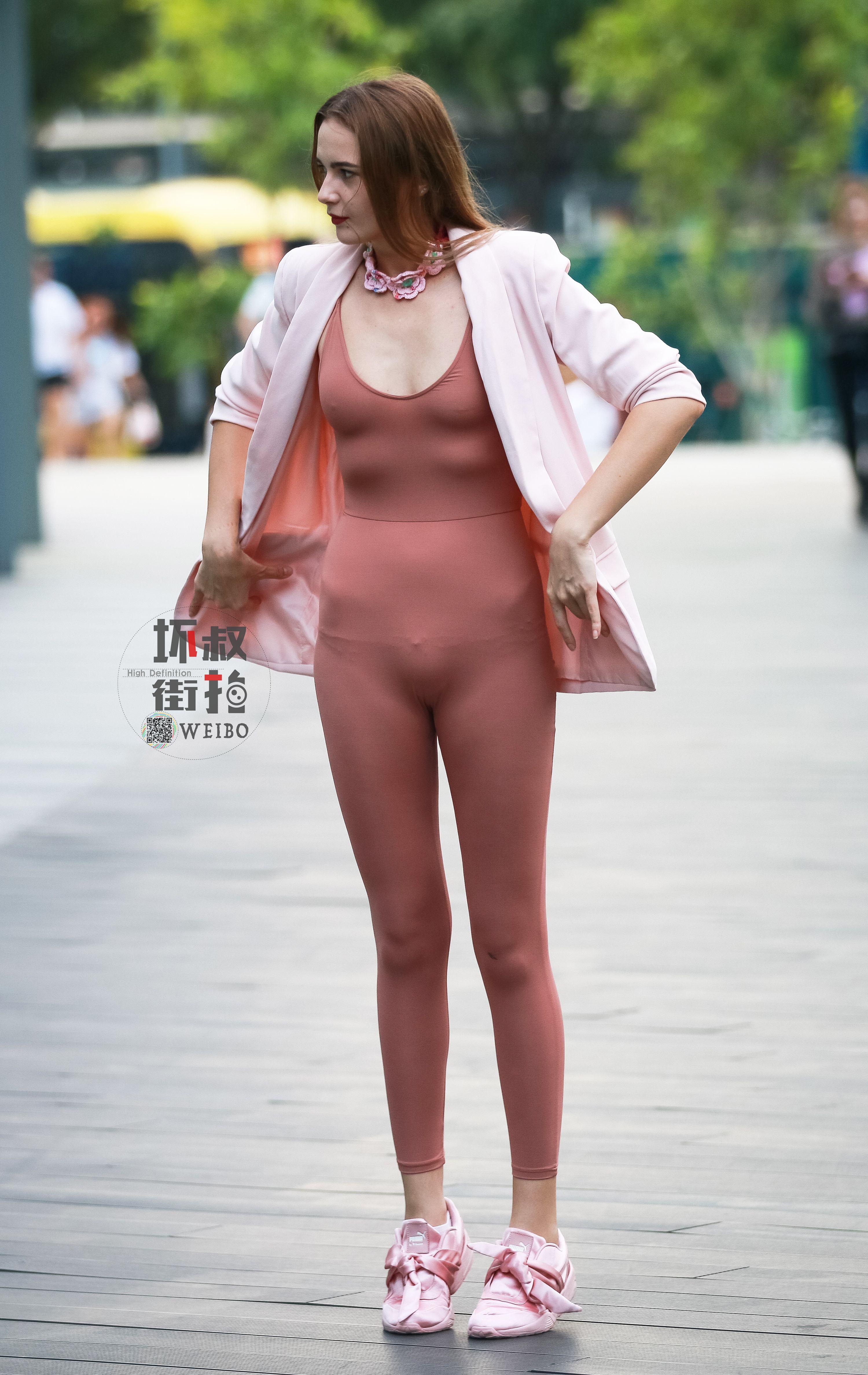 Pin Oleh Tony Chu Di Xinh Qua Pakaian Celana Ketat Wanita