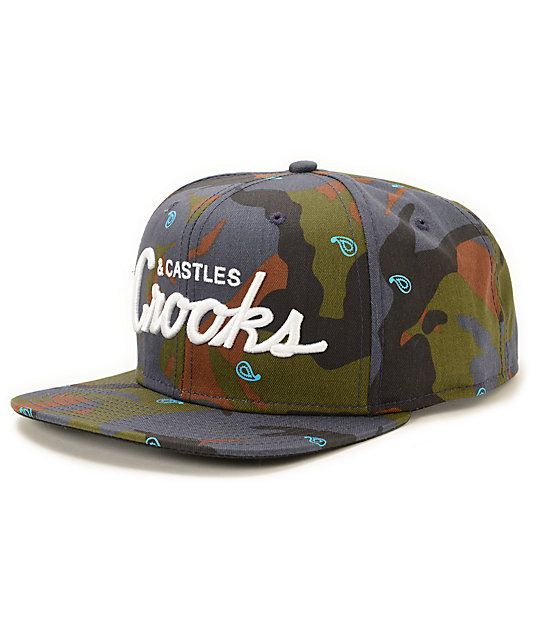 A stylish camo print with light blue paisley graphics provide a unique look with a blended design for comfort and snapback sizing for an adjustable fit.