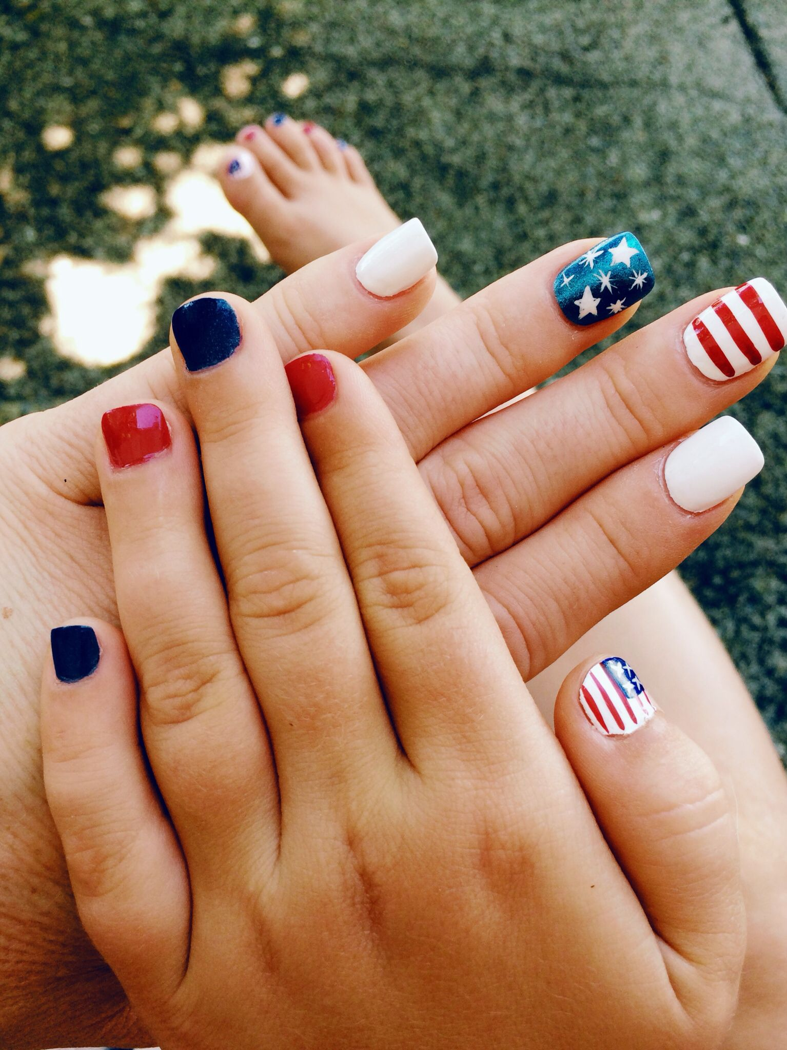 Mom & Daughter 4th of July nails!
