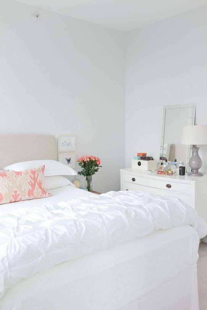 Idee per decorare la camera da letto - Camera nelle tonalità chiare ...