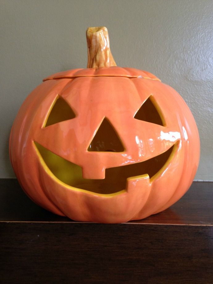 This Ceramic Jack O Lantern Isn T Messy And Stays Fresh From Year To Year Paint Your Own Pottery Jack O Lantern Pumpkin Carving