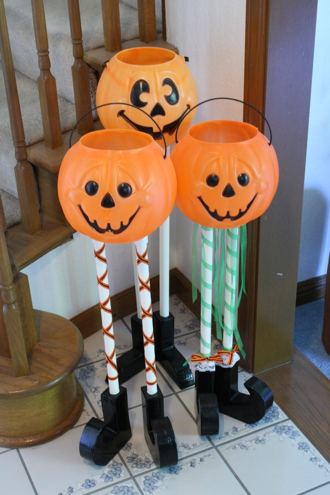 halloween candy buckets Craft Ideas Pinterest Halloween candy - Homemade Halloween Decorations Pinterest