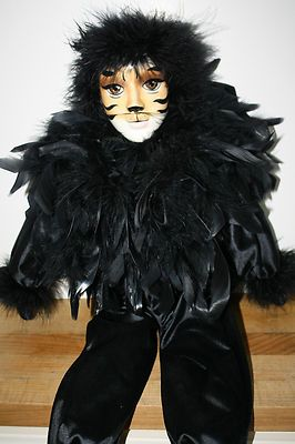 RARE Collector's Porcelain Musical Cat Doll from Cats The