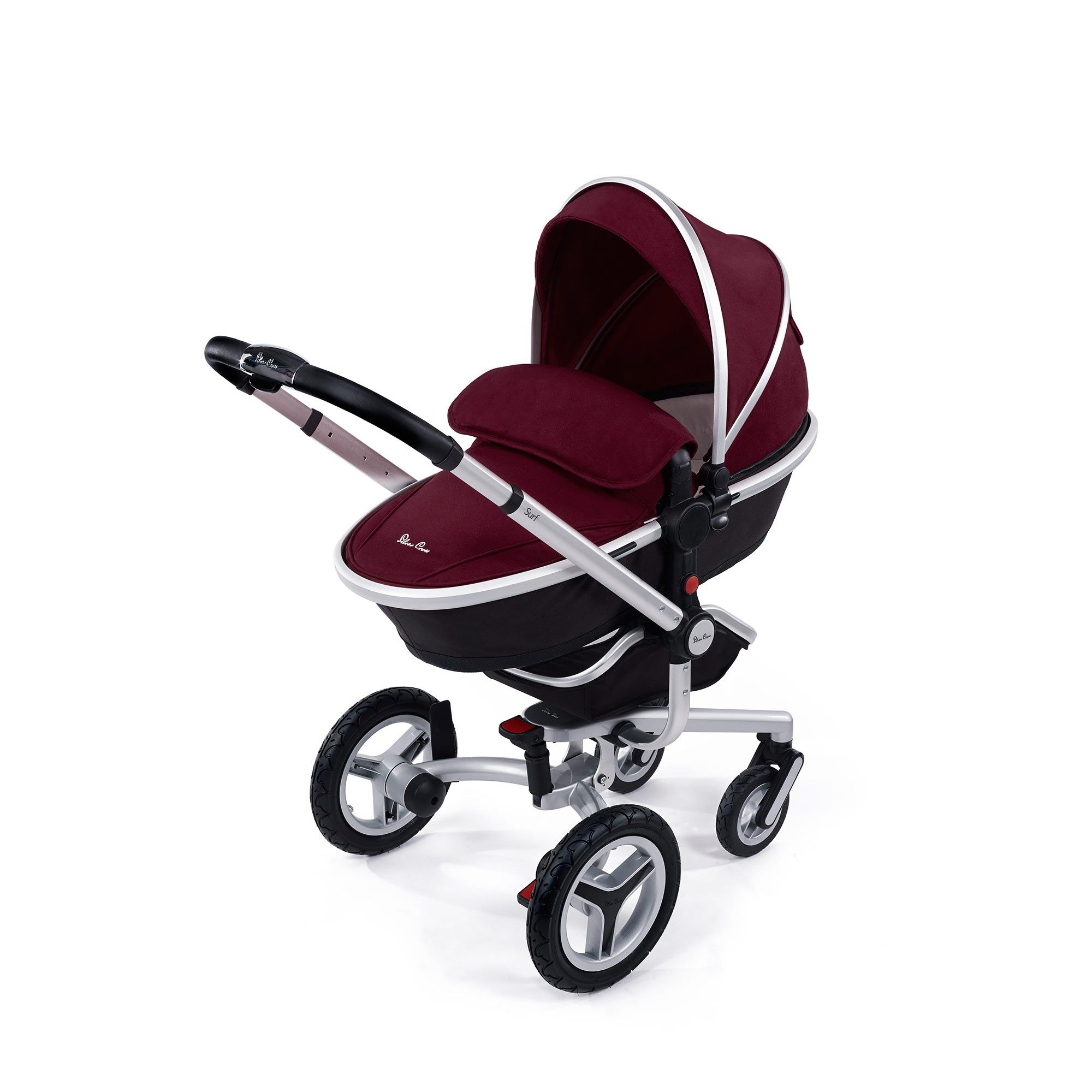 The Silver Cross Surf 2 builds on the already impressive Surf pushchair and adds a