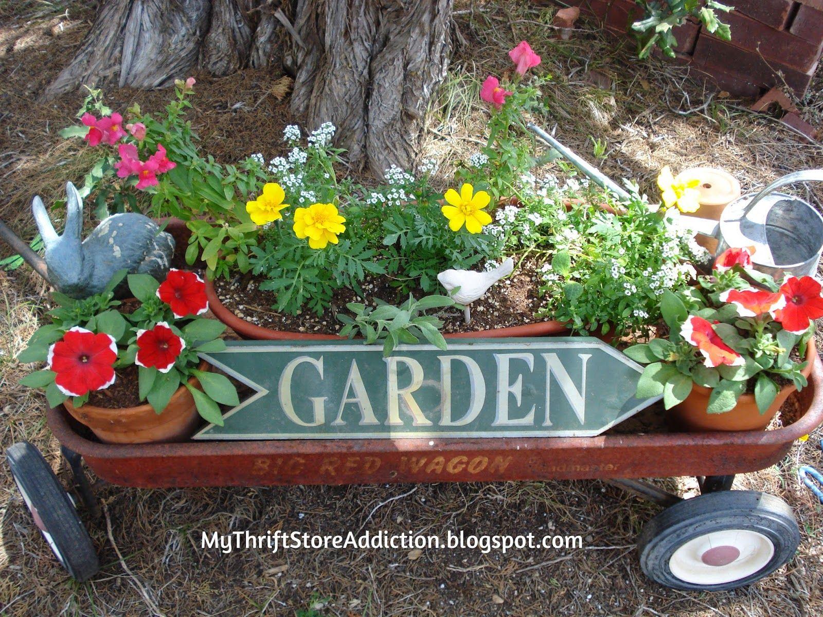 10 Trash to Treasure Garden Finds! Garden wagon, Little