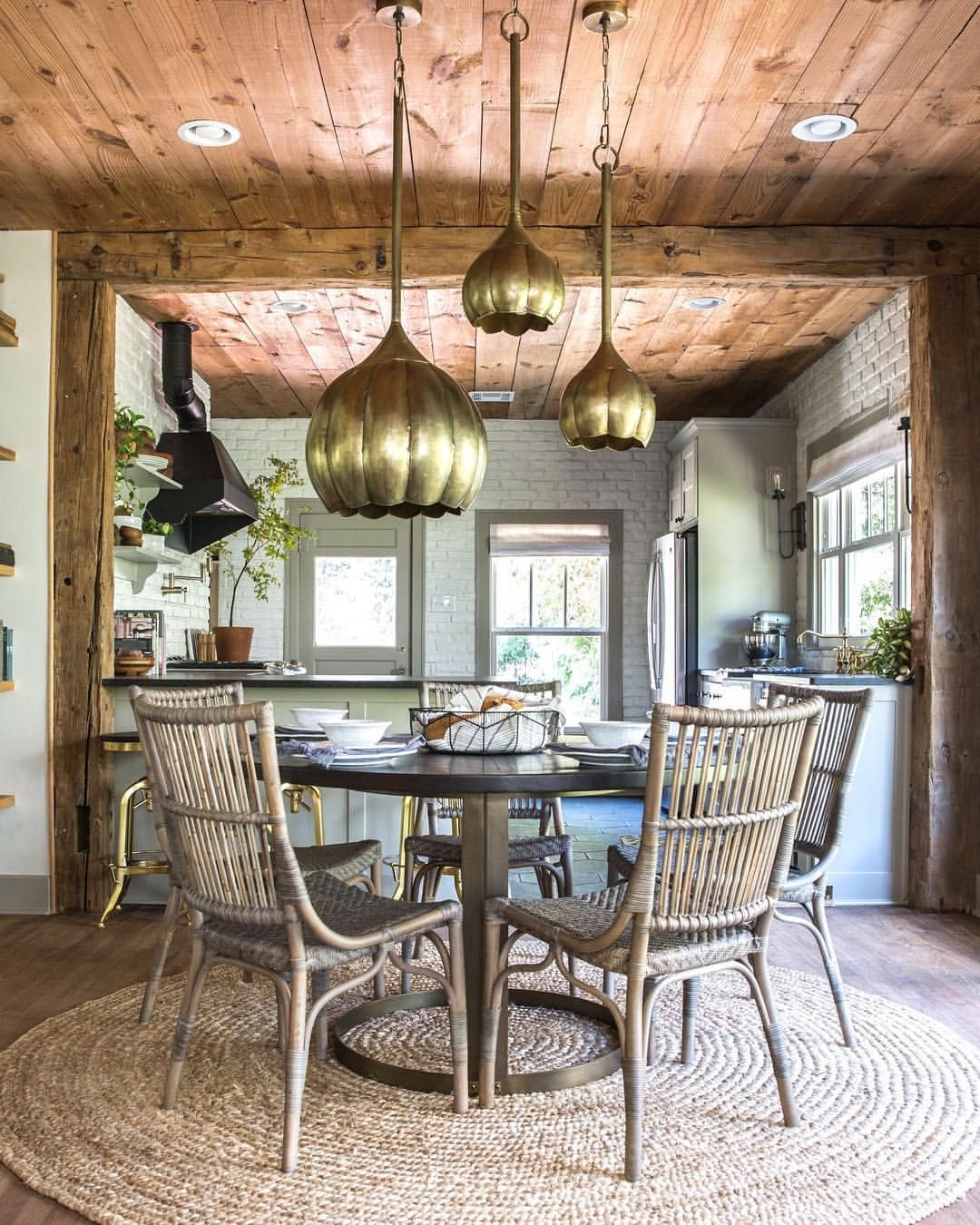 Joanna Gaines Tips For Decorating Living Rooms: Pin By Julie Luu 🍟 On Dining Area