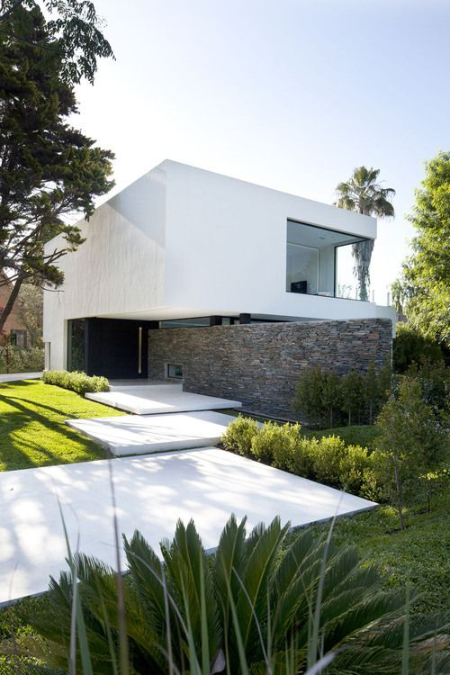luxurious and splendid better homes and gardens publications. Simple yet splendid modern architecture in white and stone  House Argentina by Andres Remy Arquitectos Random Inspiration 57 Luxury houses Car girls Architecture