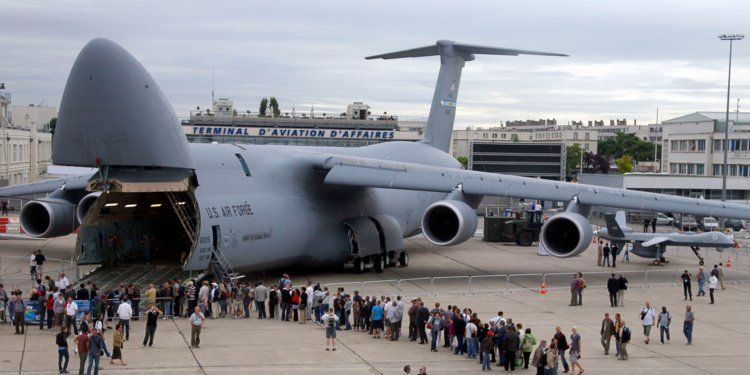 Top 10 Largest Military Transport Aircraft With Images