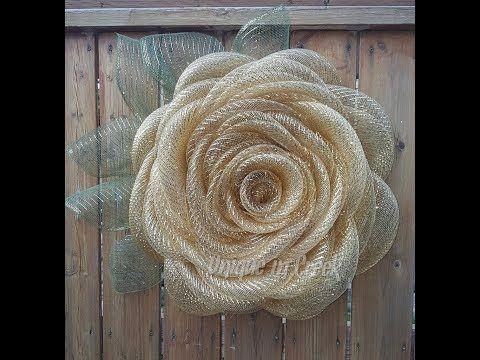 UITC™ Signature Rose Wreath Made Using the UITC Large Wreath Board / DIY Wreath