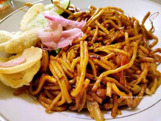 Resep mie aceh  masakan aceh di 2019  Resep, Resep masakan, dan Masakan indonesia