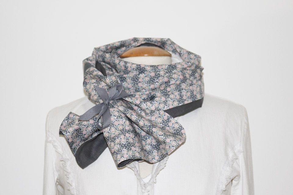 Tour de Cou   Écharpe   Étole Femme - Tissu Voile de Coton fluide - Liberty  Gris - Ruban à nouer   Echarpe, foulard, cravate par linapop 0f90f77347c