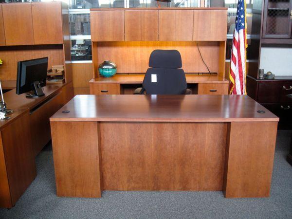 Quality Office Desks For Sale Office Desk For Sale Office Furniture Sale Sales Desk
