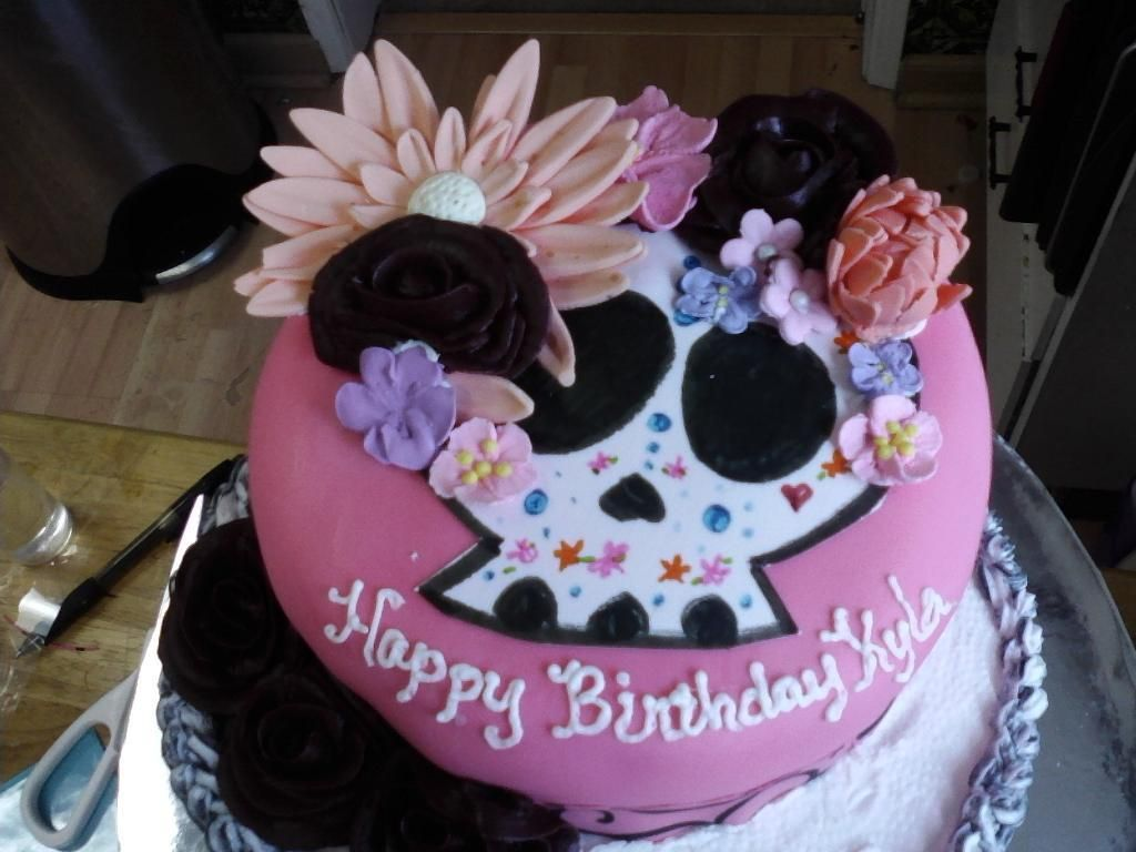 Cant wait to make awesome Halloween birthday cakes for my grand