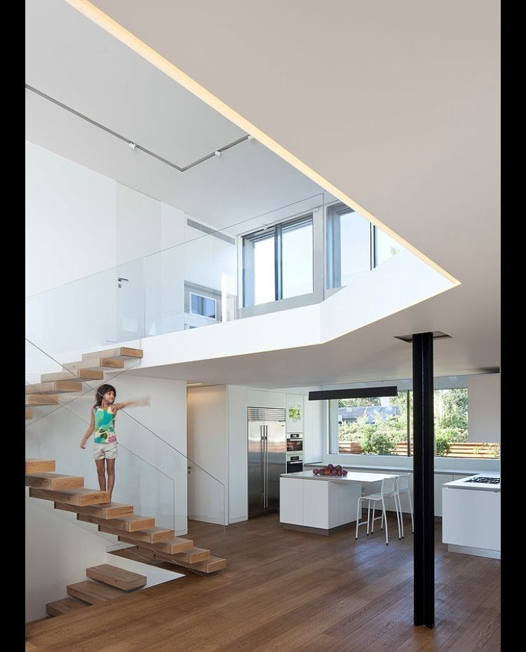 Staircase And Internal Balcony Look House Stairs Architecture