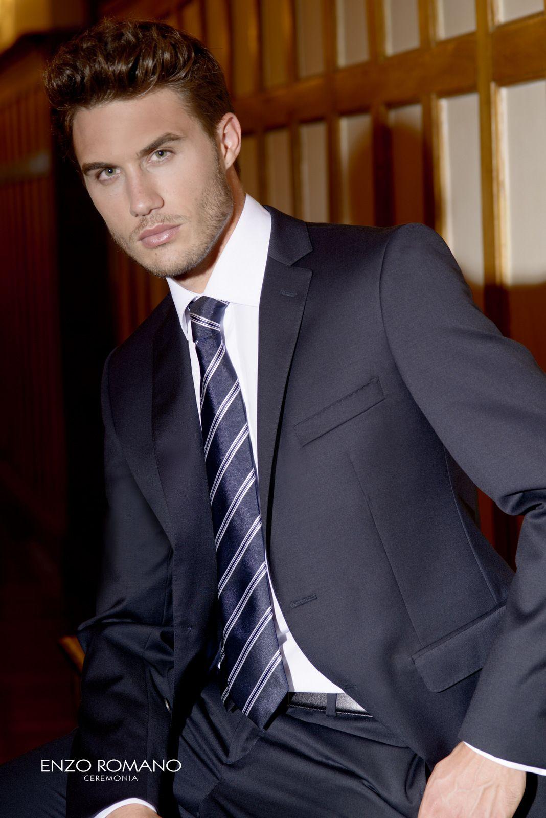 Trajes de novio de la firma Enzo Romano. Disponible en tienda: www ...