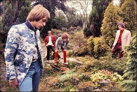 Tomorrow, 1967. Steve Howe (far left) is wearing jacket from Granny Takes a Trip.